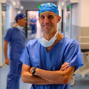 Dr Frédéric Fernandez